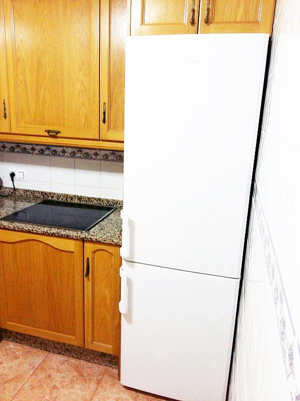 Piso en alquiler en calle Radio Murcia, Centro en Torrevieja - 323927809