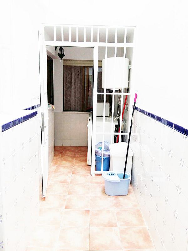 Piso en alquiler en calle Radio Murcia, Centro en Torrevieja - 323927862