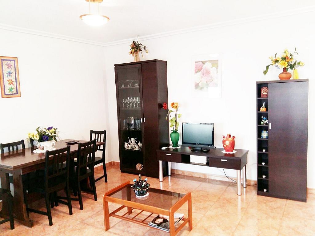 Piso en alquiler en calle Radio Murcia, Centro en Torrevieja - 323927893