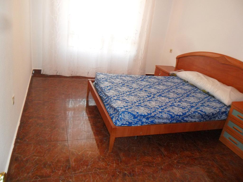 Piso en alquiler en calle Luis Barcala, Orihuela - 149964897