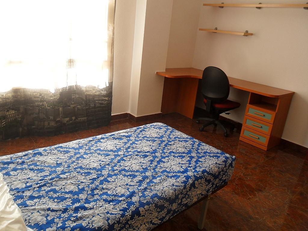 Piso en alquiler en calle Luis Barcala, Orihuela - 149965003