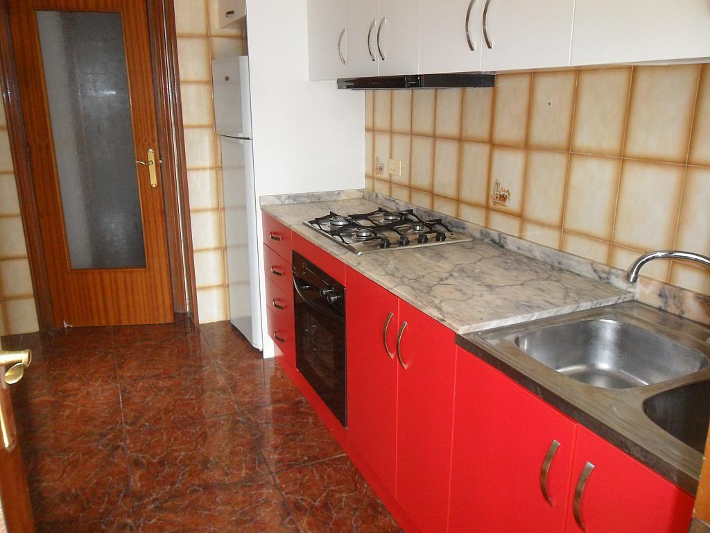 Piso en alquiler en calle Luis Barcala, Orihuela - 149965347