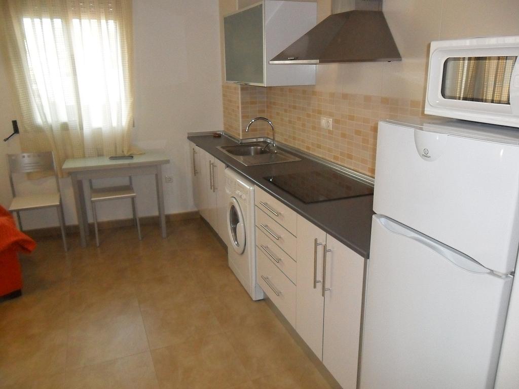 Piso en alquiler en calle Arturo Perez Reverte, Beniel - 162350421