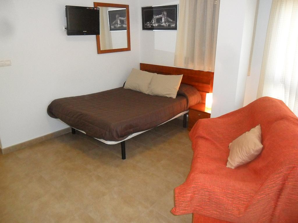 Piso en alquiler en calle Arturo Perez Reverte, Beniel - 162350481