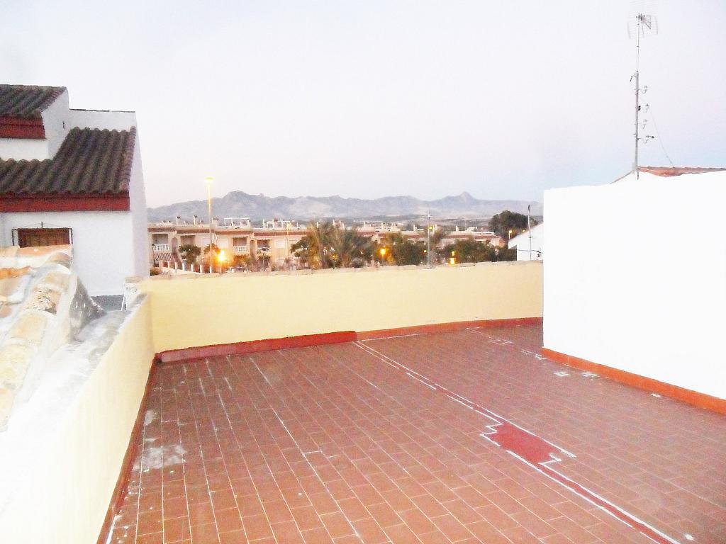 Chalet en alquiler en calle Deportista, Orihuela - 329607991