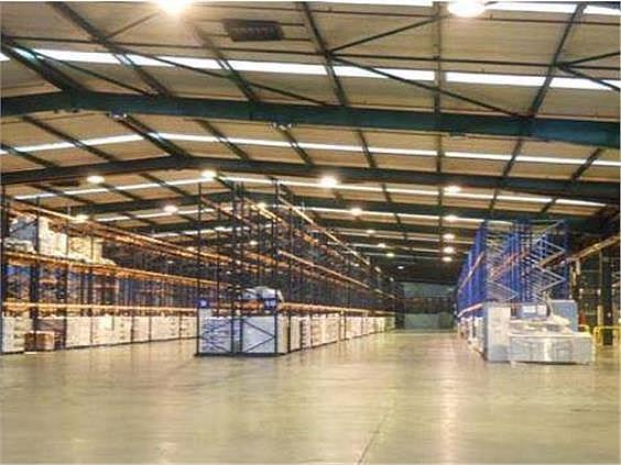 Nave industrial en alquiler en Butarque en Madrid - 258229475