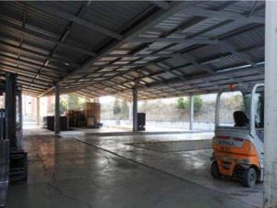 Nave industrial en alquiler en Butarque en Madrid - 258229487