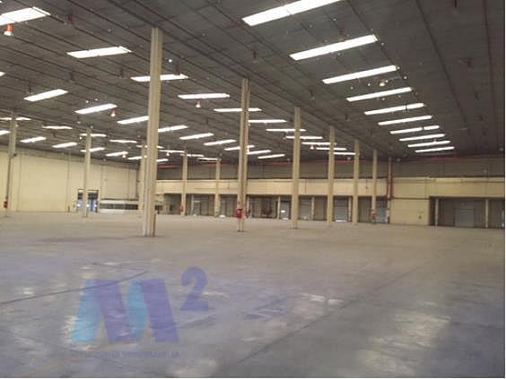 Nave industrial en alquiler en Seseña - 299663088