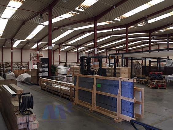 Nave industrial en alquiler en Loeches - 294741502