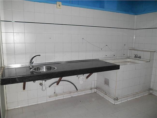 Local comercial en alquiler en Manresa - 315070916