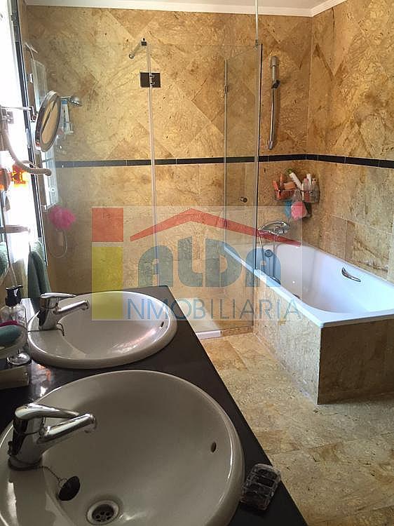 Baño - Chalet en venta en calle El Bosque, Villaviciosa de Odón - 350731757