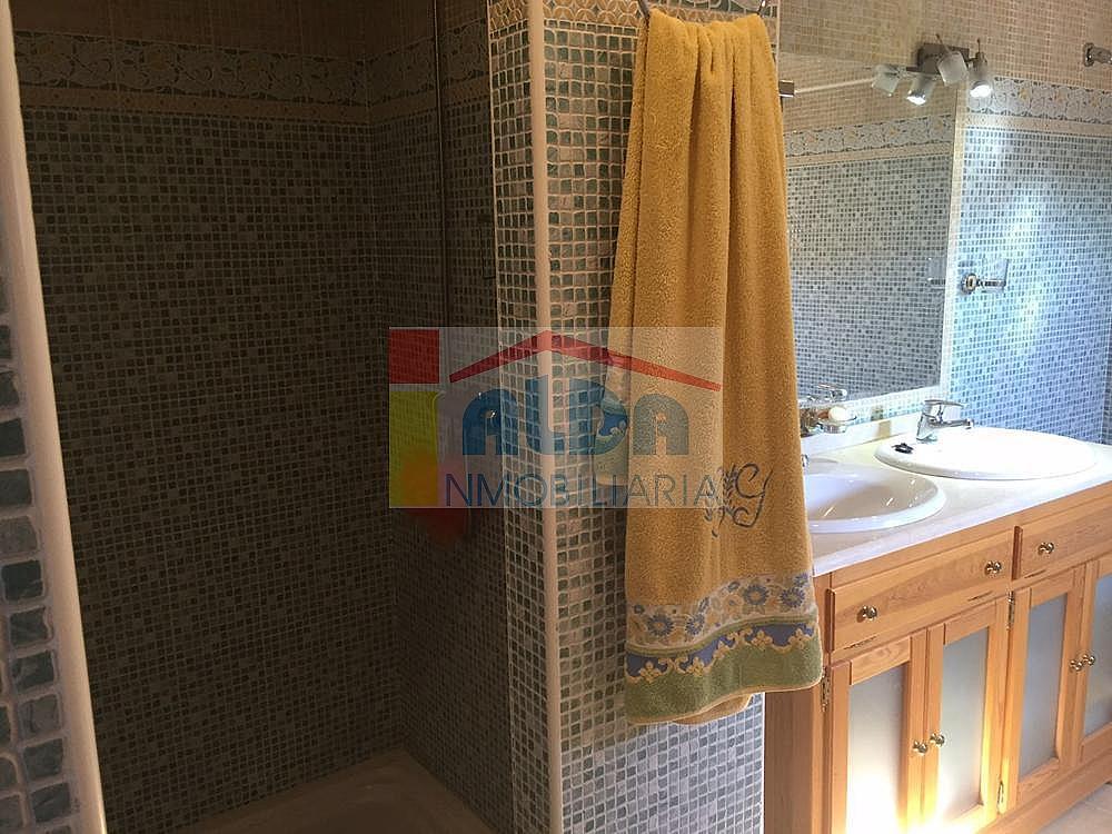Baño - Chalet en venta en calle El Bosque, Villaviciosa de Odón - 350731790