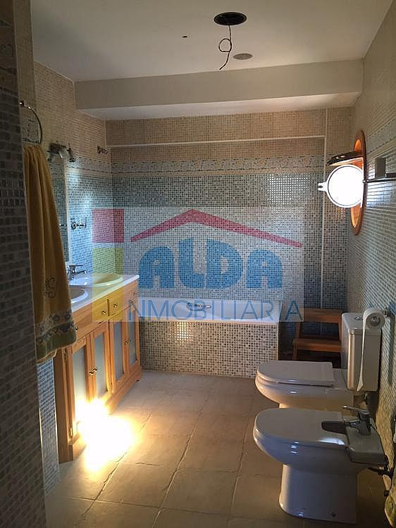 Baño - Chalet en venta en calle El Bosque, Villaviciosa de Odón - 350731796