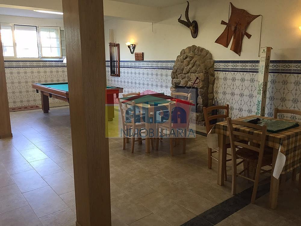 Salón - Chalet en venta en calle El Bosque, Villaviciosa de Odón - 350731806