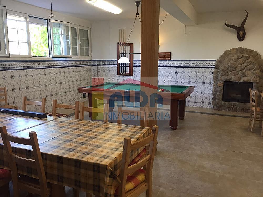 Salón - Chalet en venta en calle El Bosque, Villaviciosa de Odón - 350731828