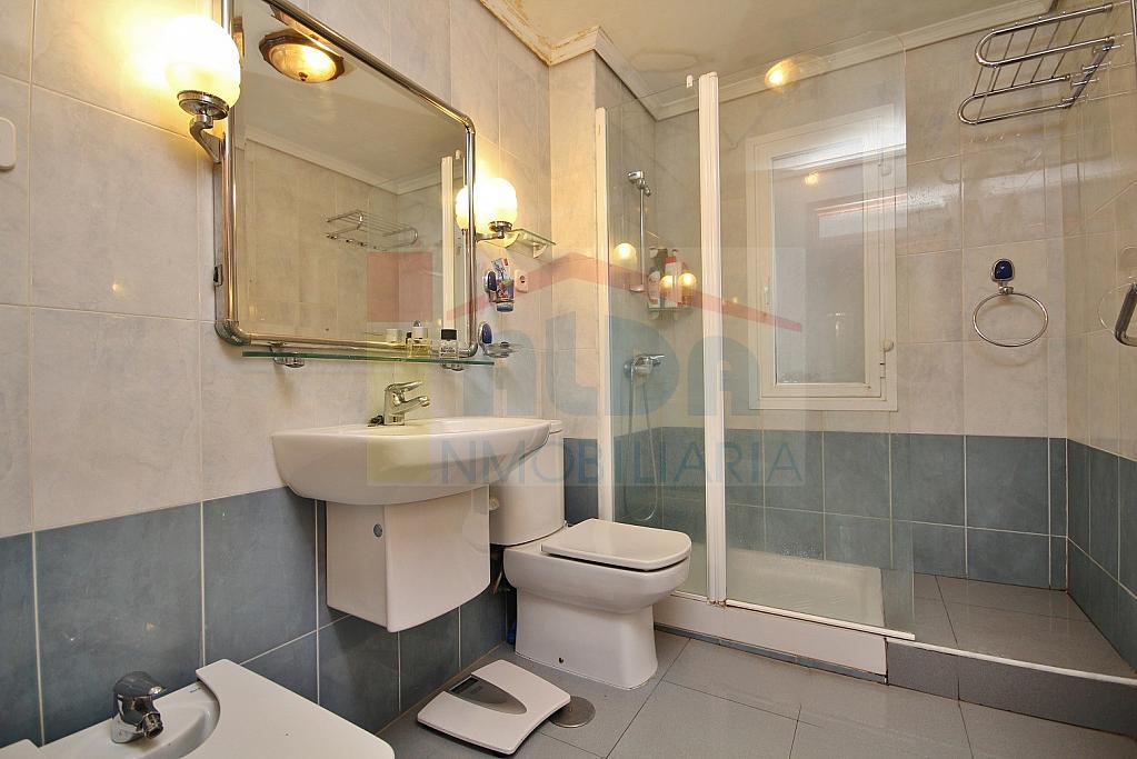 Baño - Piso en alquiler en calle El Castillo, Villaviciosa de Odón - 335219785