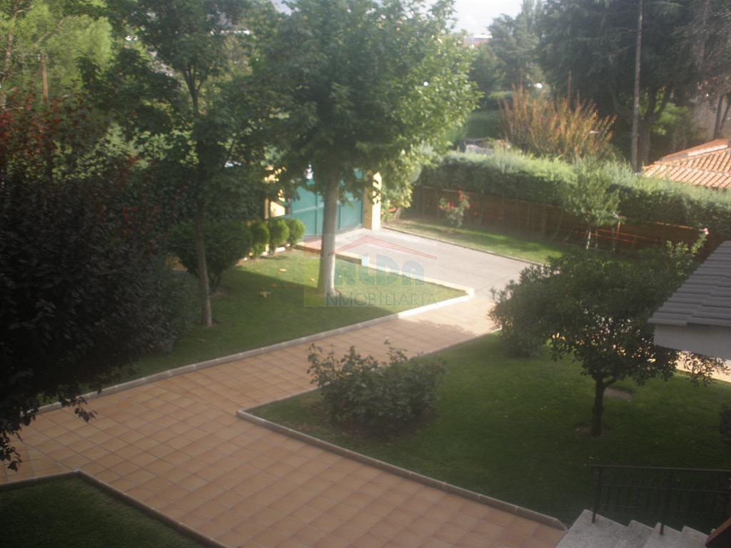 Zonas comunes - Piso en alquiler en calle El Castillo, Villaviciosa de Odón - 335219828
