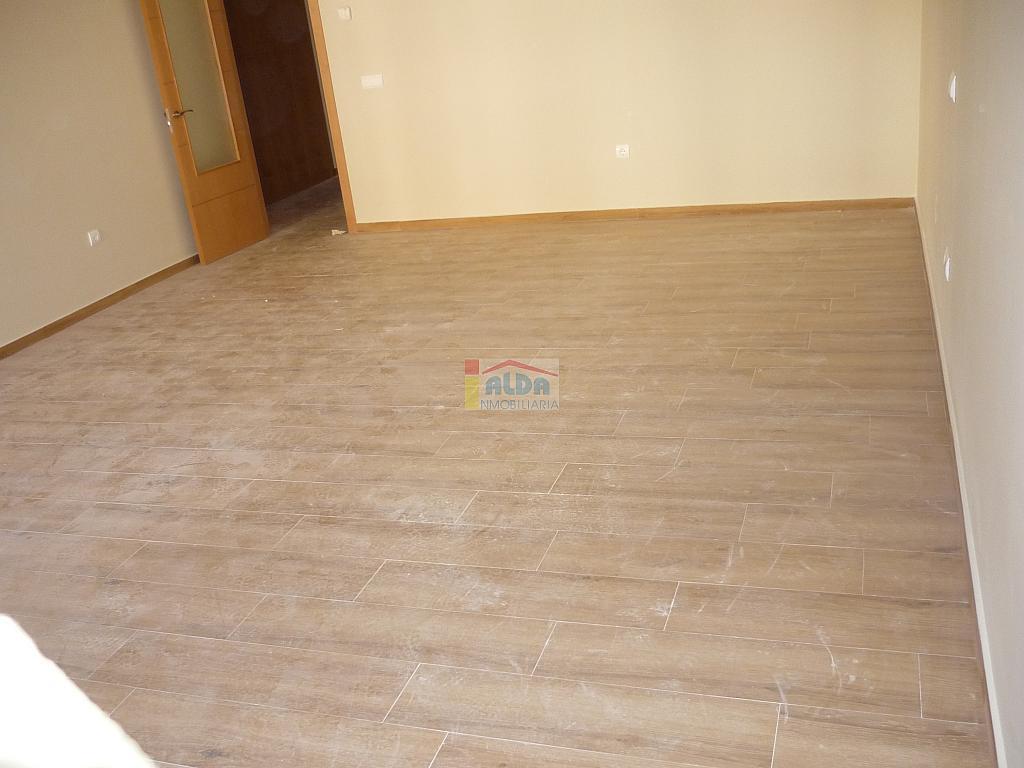 Salón - Piso en alquiler en calle Muy Centrico, Villaviciosa de Odón - 379777008