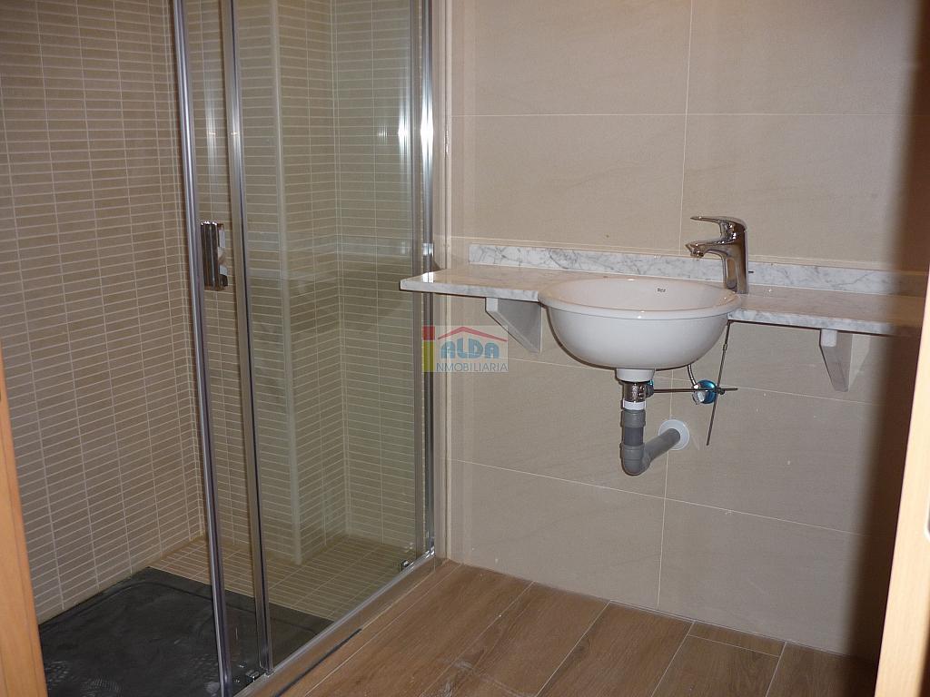 Baño - Piso en alquiler en calle Muy Centrico, Villaviciosa de Odón - 379777169