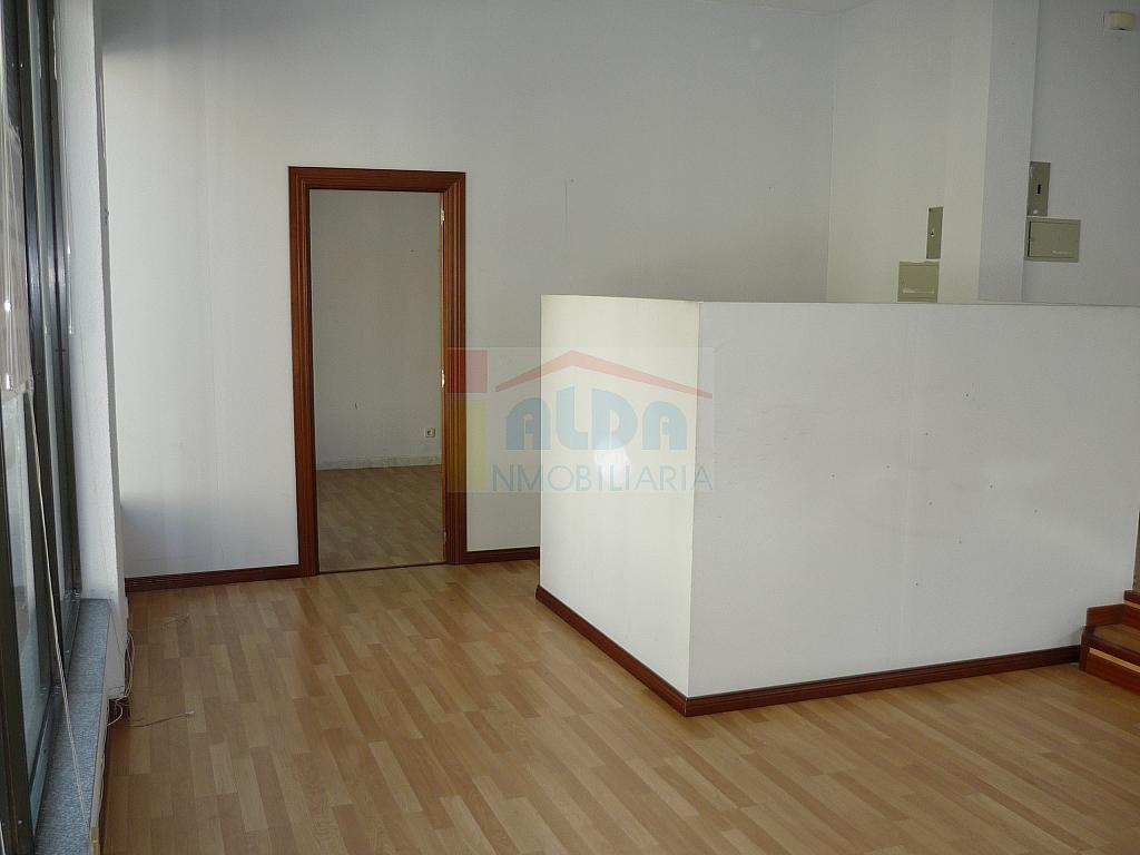 Local comercial en alquiler en calle Nuñez Arenas, Villaviciosa de Odón - 132783616
