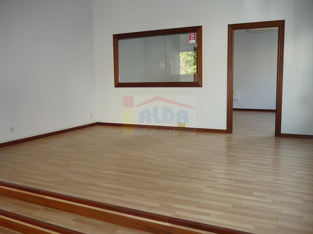 Local comercial en alquiler en calle Nuñez Arenas, Villaviciosa de Odón - 132783623