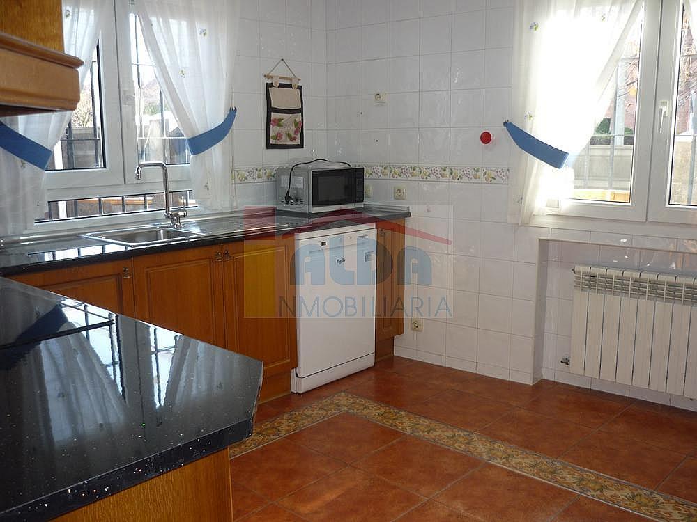 Cocina - Casa pareada en alquiler en calle Campodon, Villaviciosa de Odón - 237245037