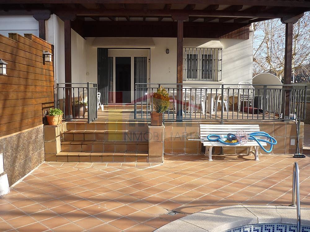 Fachada - Casa pareada en alquiler en calle Campodon, Villaviciosa de Odón - 237245075