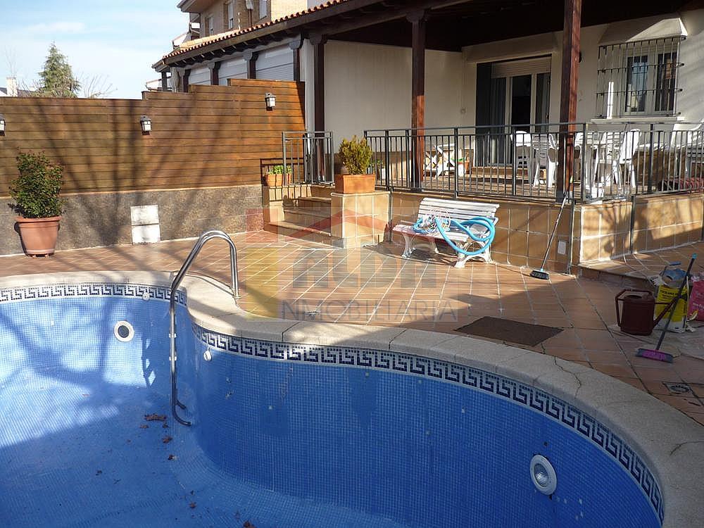 Piscina - Casa pareada en alquiler en calle Campodon, Villaviciosa de Odón - 237245077
