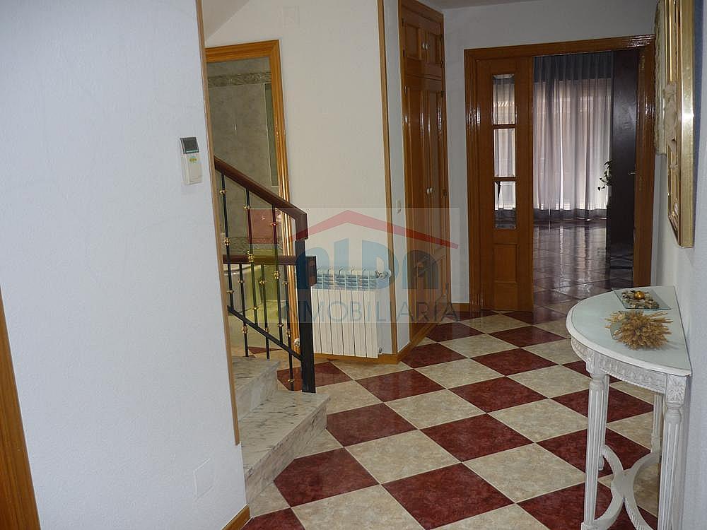 Pasillo - Casa pareada en alquiler en calle Campodon, Villaviciosa de Odón - 237245083