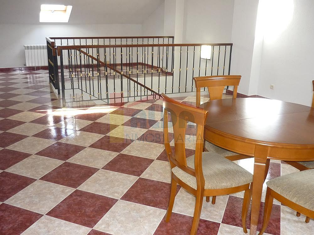 Buhardilla - Casa pareada en alquiler en calle Campodon, Villaviciosa de Odón - 237245195