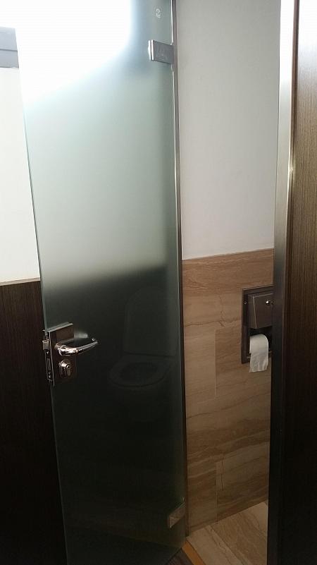 Baño - Oficina en alquiler en Eixample dreta en Barcelona - 258847514