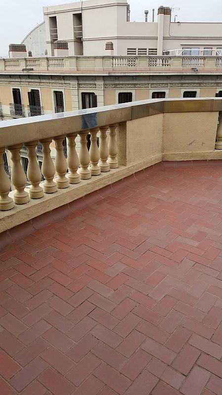 Terraza - Oficina en alquiler en Eixample dreta en Barcelona - 258847522