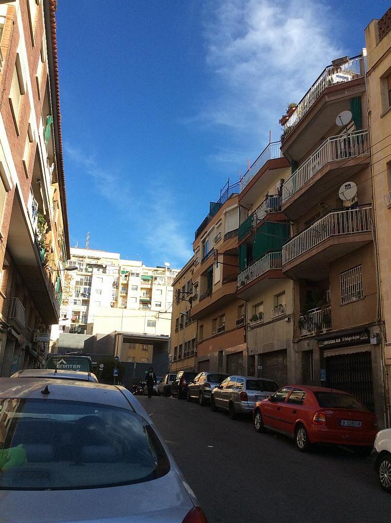 Entorno - Piso en venta en Les Roquetes-Canyelles en Barcelona - 362087924
