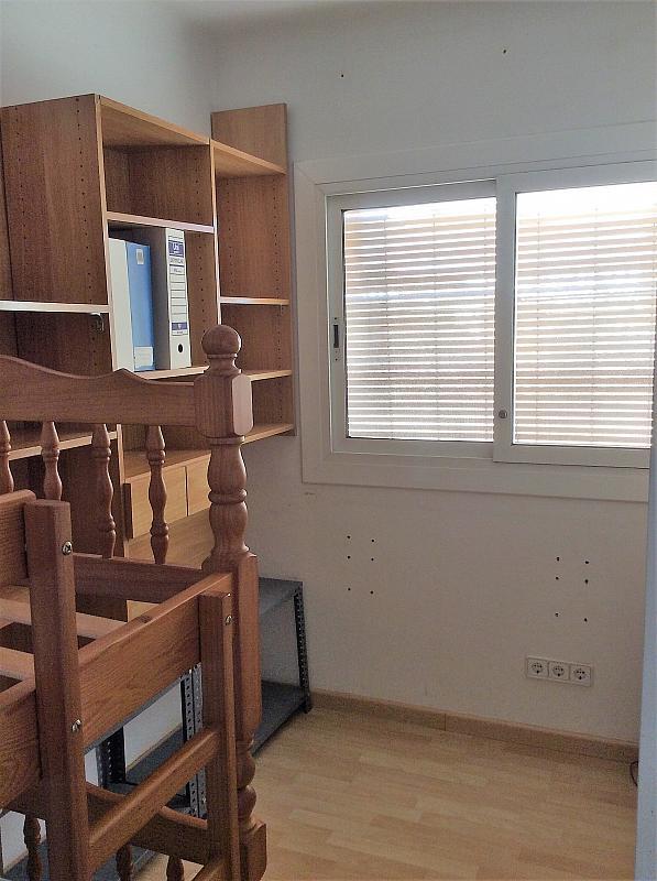 Dormitorio - Piso en venta en Les Roquetes-Canyelles en Barcelona - 362087987