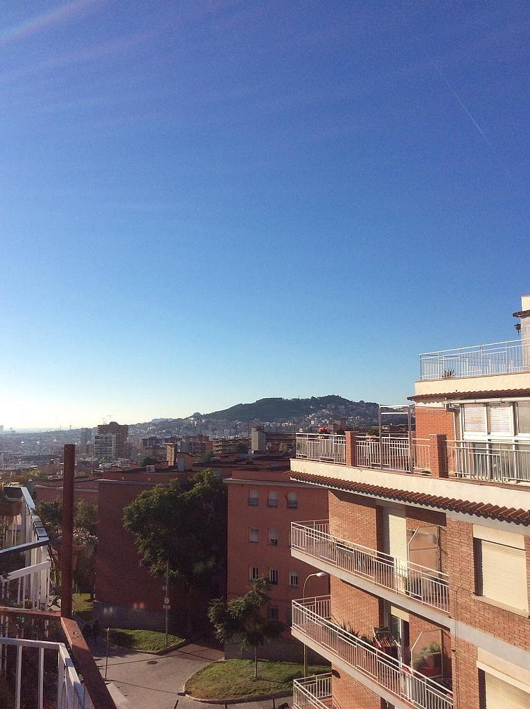 Piso en venta en Les Roquetes-Canyelles en Barcelona - 362088031
