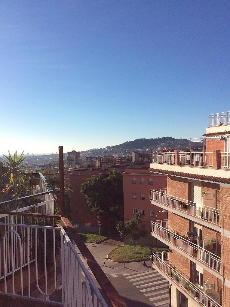 Piso en venta en Les Roquetes-Canyelles en Barcelona - 362088034