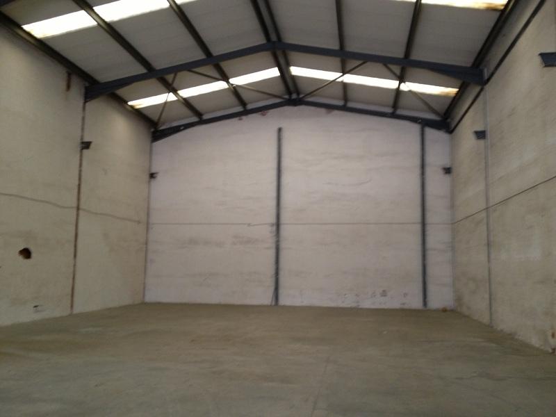 Planta baja - Nave industrial en alquiler en Bellvitge en Hospitalet de Llobregat, L´ - 122348071