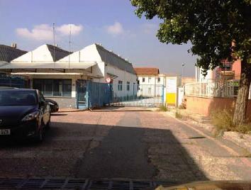 Patio delantero - Parcela industrial en alquiler en Fontsanta en Cornellà de Llobregat - 85253225