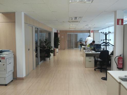 Oficina en alquiler en Les corts en Barcelona - 85407376