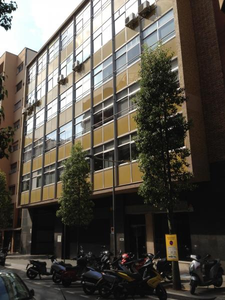 Fachada - Oficina en alquiler en Les corts en Barcelona - 85901978