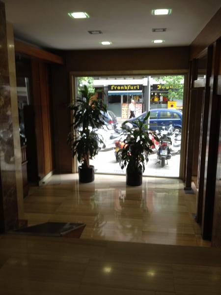 Vestíbulo - Oficina en alquiler en Les corts en Barcelona - 85901994