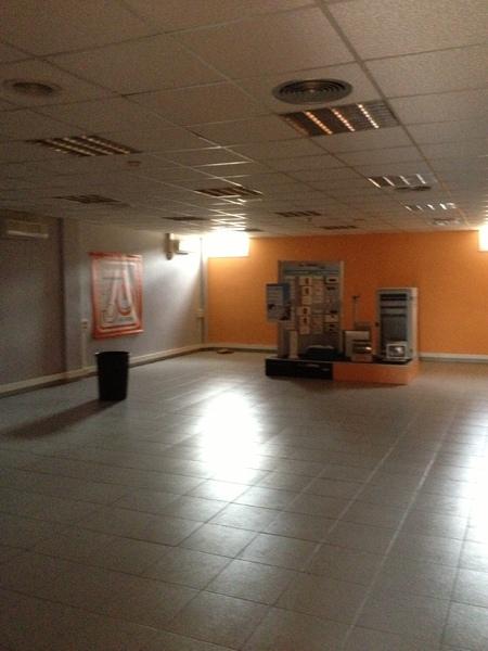 Oficina - Nave industrial en alquiler en El Pla en Sant Feliu de Llobregat - 122366656