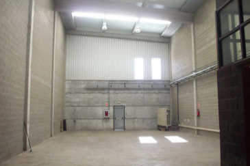 Planta baja - Nave industrial en alquiler en El Pla en Sant Feliu de Llobregat - 111131132