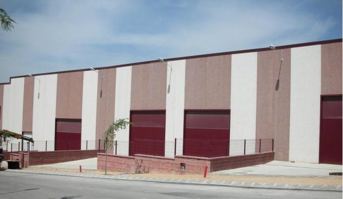 Fachada - Nave industrial en alquiler en Poligono Industrial Ermengol-El Barcelones en Abrera - 114564981