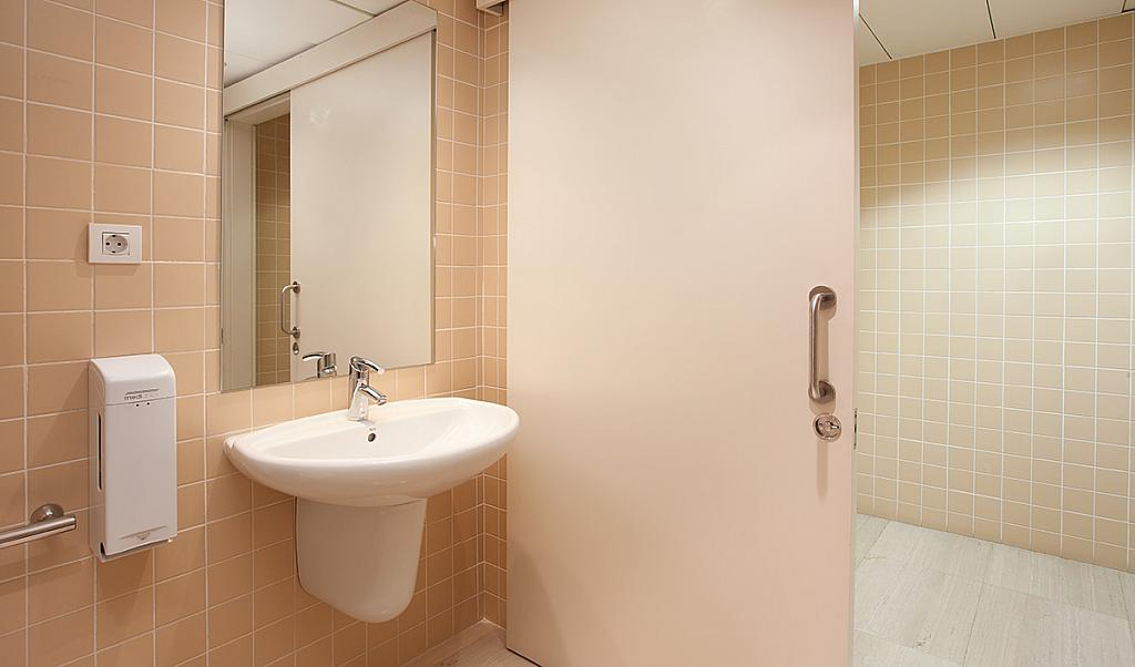 Baño - Oficina en alquiler en Eixample dreta en Barcelona - 228867126