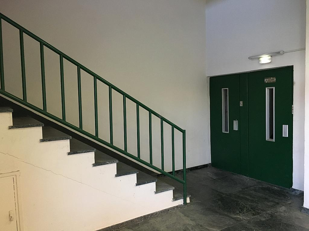 Zonas comunes - Edificio en alquiler en Centro Urbano en Prat de Llobregat, El - 242420417