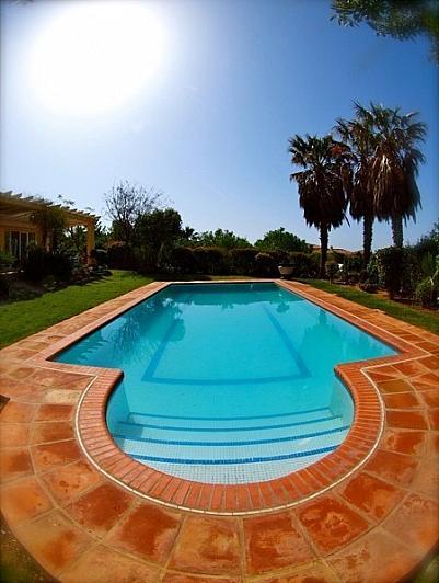 Villa en alquiler en Benalmádena - 295832583