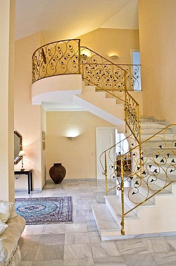 Villa en alquiler en Benalmádena - 295832589