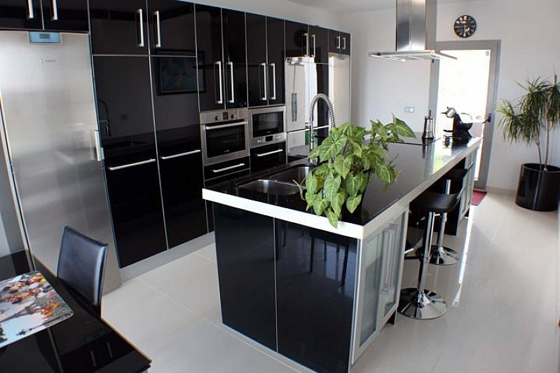 Villa en alquiler en Alhaurín de la Torre - 295832616