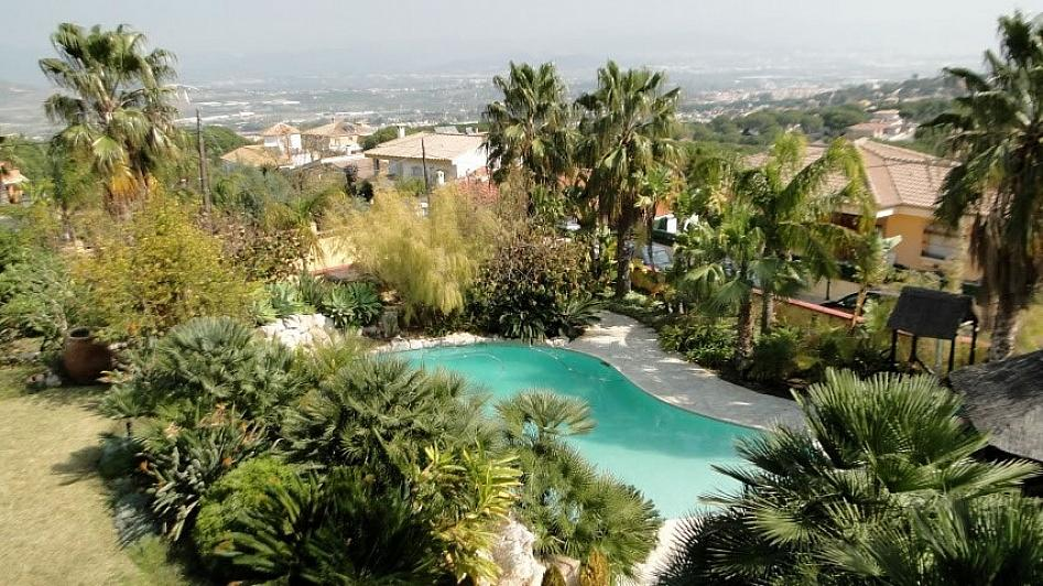 Villa en alquiler en Alhaurín de la Torre - 295832796